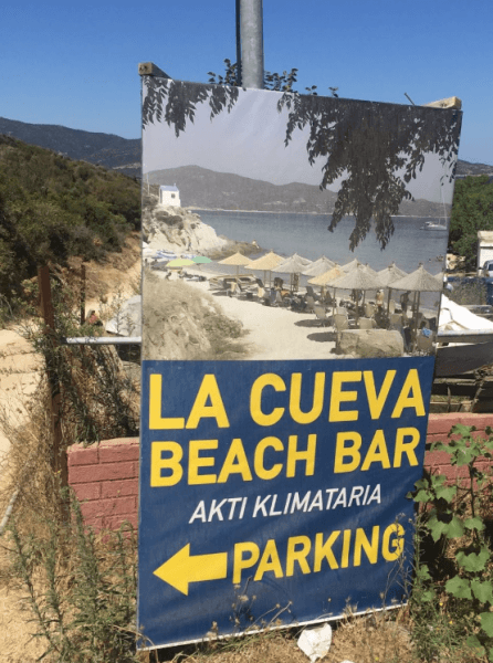 La Cueva Beach Bar