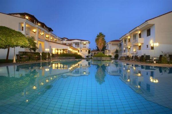 Ξενοδοχείο Lily Ann Village